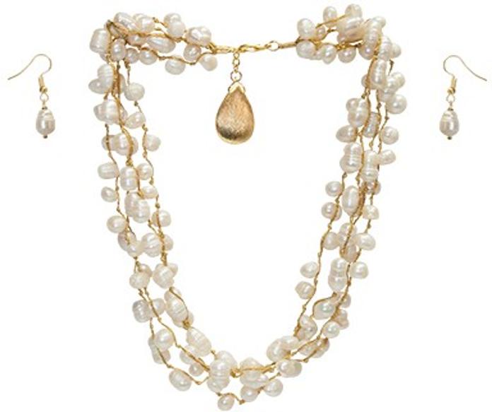 0ec2c236150a Collar corto o largo de 4 hilos con perlas blancas cultivadas con dije de  chapa de oro de 14 K y aretes
